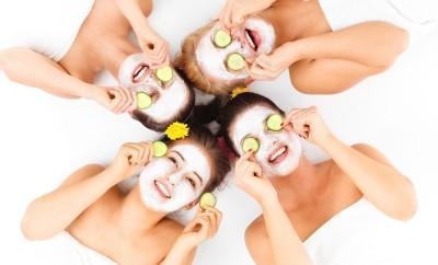 Group of girls trying ayurvedic face masks