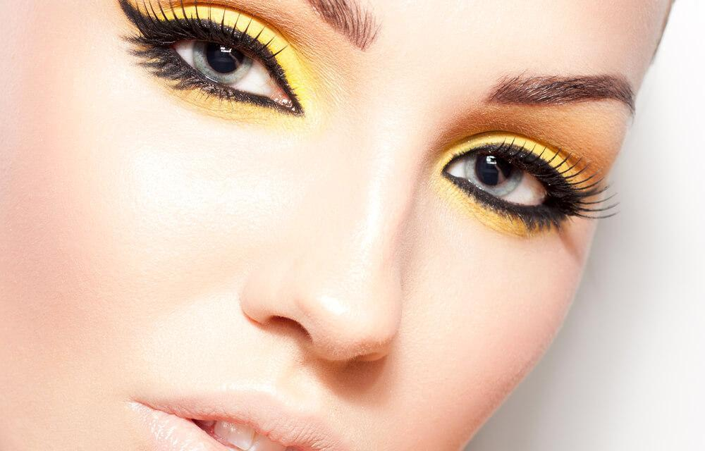 Cat eye makeup with yellow eyeshadow
