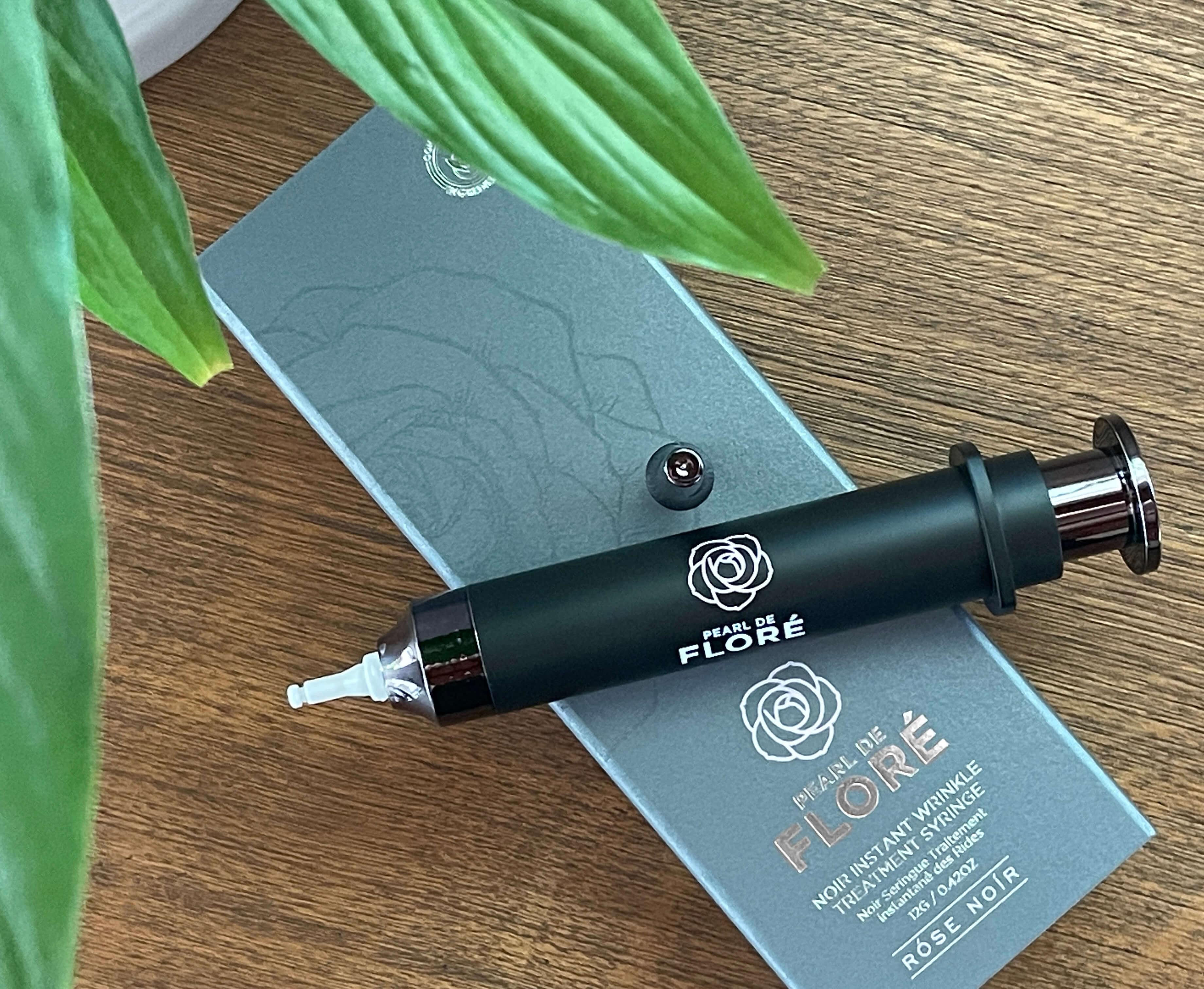 Rose de Noir syringe